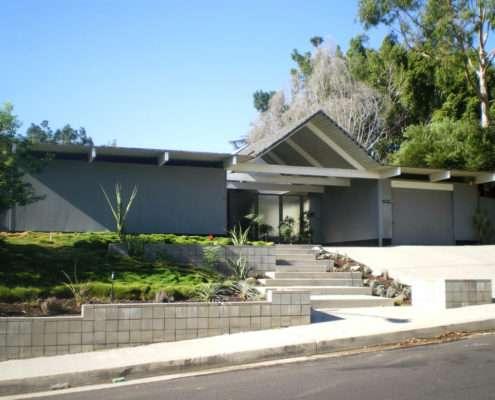 Eichler_Homes_-_Foster_Residence,_Granada_Hills